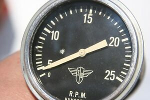 Stewart Warner Vintage Electrical Wings Tachometer 2500 Rpms Model 106 S