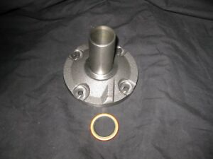 Ford Top Loader Heh 4 Speed Transmission 1 1 16 Bearing Retainer W Seal