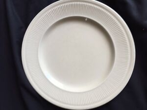 Syracuse tuxton Restaurant banquet China 4152 Pieces Included