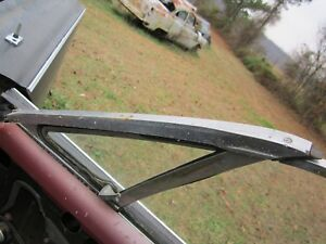 66 67 Comet Fairlane 2 Door Hardtop Right Front Vent Window Clear 1966 1967