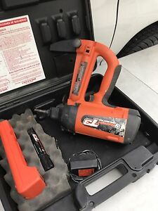 Ramset T3 Cordless Nailer Kit 6 0v Single Load Battery Charger In Case
