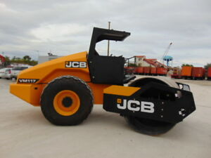Brand New Jcb Vm 117d Vibratory Compactor Roller 25 000 Pounds Padfoot Avail