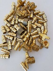 Uponor wirsbo 51 Pcs 1 2 Brass Drop Ear Elbow Adpter