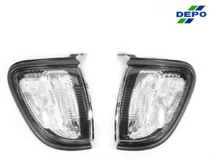 Depo Pair Of Clear Front Corner Signal Lights Lamps For 2001 2004 Toyota Tacoma