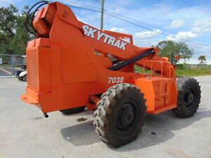 Skytrak 7038 Telescopic 38 7k Lbs Telehandler 4x4x4 Old But Dependable