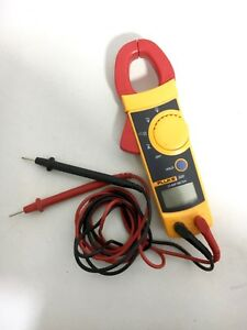 Fluke 322 Ac Clamp Multimeter Tester With Leads
