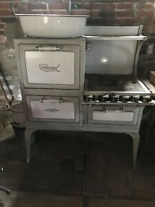 Antique Vintage Grand Gas Stove Circa 1928