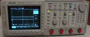 Tektronix Tds 520c 500 Mhz Digitizing Oscilloscope W Opts Calibrated