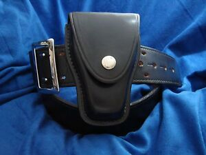 Don Hume Leather Duty Belt B101 Police Law Rig Handcuff Cuff Case C303
