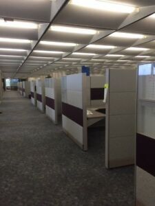 Lot Of 50 Herman Miller Approximate 10 X 10 Cubicles And Desks see Photos