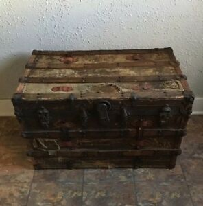 Antique Steamer Trunk Immigrant Chest Large 35 Flat Top Vintage Coffee Table