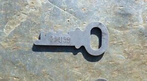 Antique Steamer Trunk Key Eagle Lock Co 22u39 Eagle Flat Steel Trunk Key 22u39