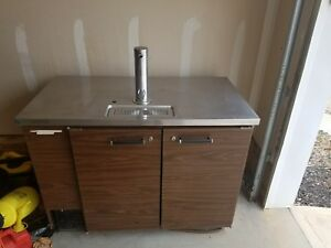 Double Tap Kegeratore Beer Dispenser With All New Double Tap Kit Unused
