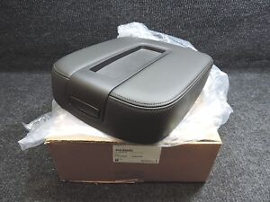 2007 2014 Gm Tahoe Yukon Oem Black Leather Center Flow Thru Console Lid Cover