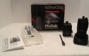 Kenwood Tk 3200 Protalk 2 Channel Uhf Radio W charger Battery Antenna