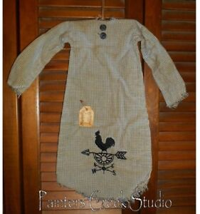 Primitive Decor Rooster Weathervane Nightshirt Grungy Cupboard Hanger Country