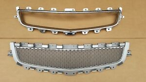 Fit 2008 2012 Malibu Front Bumper Lower Silver Grille Chrome Surround 2pcs New