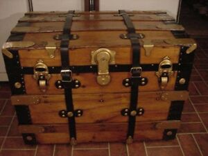 Ladycomet Refinished Flat Top Steamer Trunk Antique Chest W Straps Key Tray