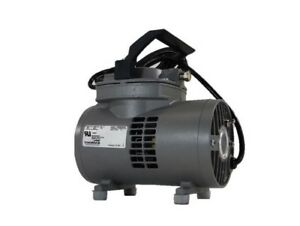 Vacuum Pump Thomas Model 915ca18