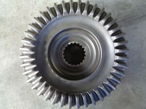 John Deere 955 4x4 Right Or Left Stub Axle Gear