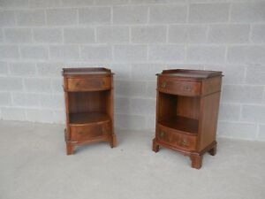 Old Colony Regency Style Walnut Nightstands Pair
