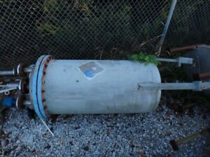 105 Gallon 304 Stainless Vertical Pressure Vessel Tank
