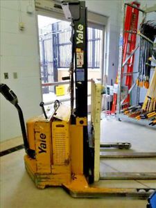 Yale Walkie Pallet Stacker Walk Behind Forklift Msw030scn12tv083