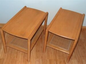 Mid Century 1950s Leslie Diamond For Conant Ball Pair Of Caned Side Tables