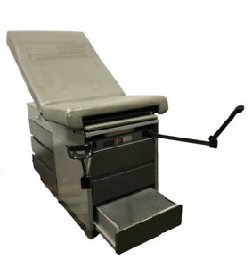 Midmark Ritter 104 Medical Patient Exam Table Obgyn Stirrups 100 023 Heated Tr