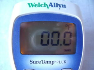 Welch Allyn Suretemp Plus Thermometer Model 692 Without Probe Works Great B20