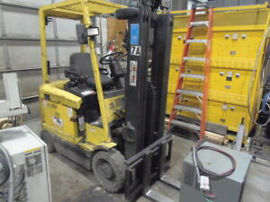 5 000 Lb Hyster Electric Fork Lift E50xh 33 189 Lift Height Triple Mast