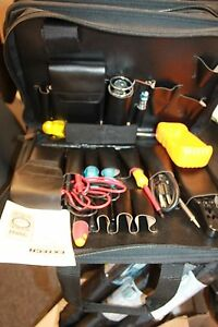 Extech Mn26 Autoranging Multimeter In Tote With Accessories Tools