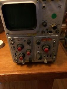 Tektronix Type 561b Oscilloscope With 2b67 Time Base And 3a72 Amplifier