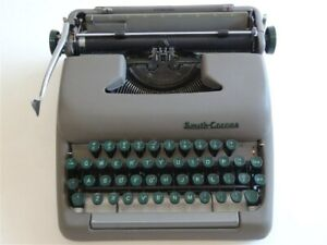 Vintage 1950s Smith Corona Sterling Portable Typewriter