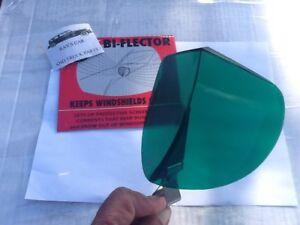 New Accessory Vintage Style Green Windshield Bug Deflector 86