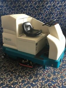 Tennant 7300 40 Ride On Floor Scrubber With Free Shipping