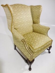 Classic Style Vintage Deep Wing Back Brass Nail Lounge Chair Eames Era