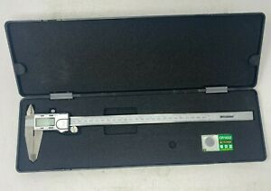 Digital Caliper 0 12 0 300mm Range 0 0005 0 01mm Resolution Stainless Steel