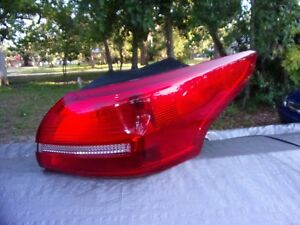 2015 Ford Focus Passengr Tail Light Assembly 1 15 17