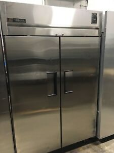 True 2 Door Upright Stainless Steel Reach in Commercial Refrigerator Works Great