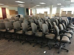 200 Grey Herman Miller Office Chairs multi Adjustment Ergonomic Office Chair