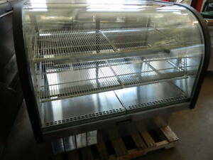 Delfield 549 cr Self contained Refrigerated Curved Glass Display Case Stainless