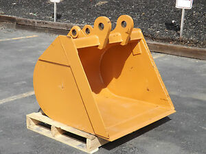 New 36 Case 580n Backhoe Bucket without Teeth Includes Coupler Pins