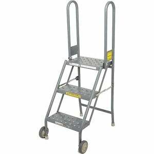 Tri Arc Kdmf103166 3 Step Folding Rolling Ladder Stand Perforated Tread Lot