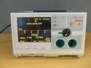 Zoll M Series Biphasic 200 Joules Monitor 3 Lead Ecg Pacing Analyze 15733