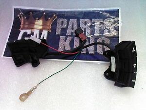 Pontiac Gm Oem Gto Steering Wheel audio Stereo Remote Switch Button 92148380