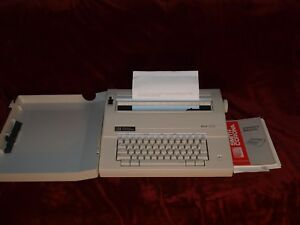 Vintage Smith Corona Mark 100 Electric Typewriter Model 5a W Case And Manual