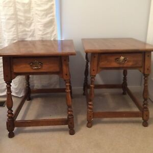 Vintage Ethan Allen Circa 1776 Maple Solid Wood Side Tables Night Stands Pair
