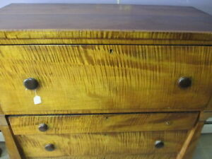 Antique 1840 S Tiger Maple Serpentine Claw Foot Highboy Dresser Empire
