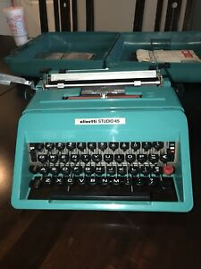 Olivetti Studio 45 Typewriter Teal W Case All Paperwork like New